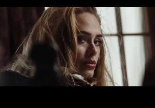 """Adele estreia """"Easy On Me"""" no topo da parada brit�nica de singles com n�meros impressionantes"""